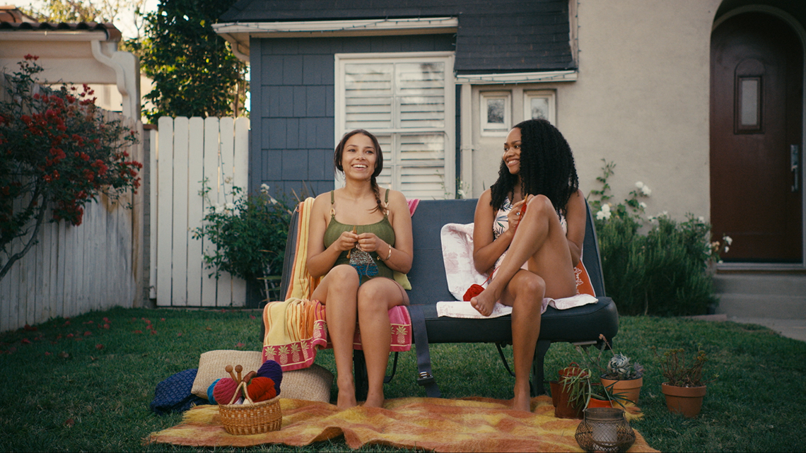 Bekka (Jessica Parker Kennedy), Lucy (Tanisha Long), Knitting, Singing, Front Lawn, Swimsuits, I Love Bekka & Lucy, Stage 13 Original, stage13network